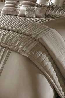 Kylie Exclusive To Next Lucette Throw
