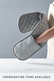 Grey Geo Double Oven Gloves