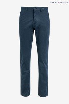 Granatowe spodnie typu chino Tommy Hilfiger Denton, z diagonalu