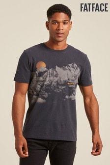 Серая футболка с графическим принтом Эвереста FatFace