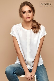 Sonder Studio Pleat Front Detail Top