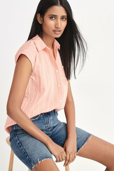 Sleeveless Shoulder Pad Shirt