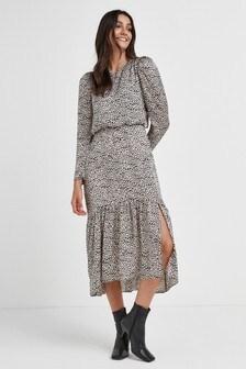 Volume Sleeve Tiered Dress