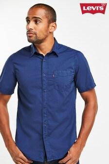 Levi's® Short Sleeved Standard Shirt