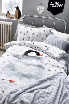 Fleece Penguin Duvet Cover And Pillowcase Set