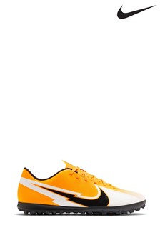 Nike Mercurial Vapor 13 Club Turf Football Boots