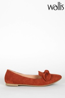 Wallis Tan Betsy Bow Detail Point Shoes