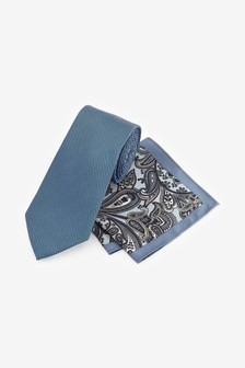 Wider Tie And Pocket Square Set