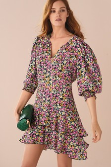 Volume Sleeve Tiered Hem Dress