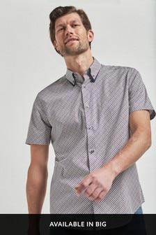 Double Collar Geo Print Short Sleeve Shirt