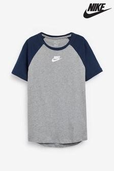 Nike Raglan T-Shirt