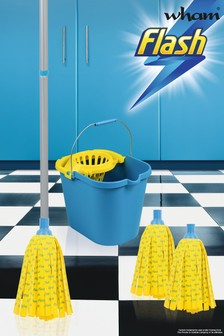 Flash 30 Microfibre Mop With 2 Mop Head Refills Mop Bucket by Wham