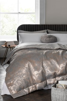 Jacquard Marble Throw
