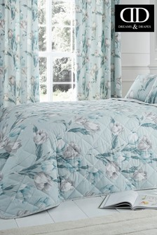 Tulip Floral Quilted Bedspread by D&D