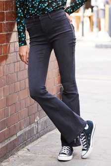 Power Stretch Flared Jeans