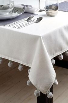Chunky Pom Pom Table Cloth