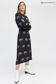 שמלת מידי עם הדפס עץ כוכבים של Warehouse בשחור