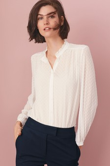 Мягкая рубашка с оборками