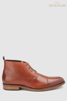 Signature Toe Cap Chukka Boot