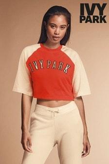 חולצת טי קצרה של Ivy Park דגם Baseball