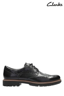 Clarks Black Batcombe Wing Shoe