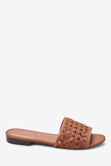Signature Comfort Leather Weave Mules