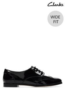 Clarks Wide Fit Black Andora Trick Shoe