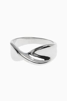 Twist Detail Ring