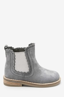 Leather Chelsea Scallop Boots (Younger)