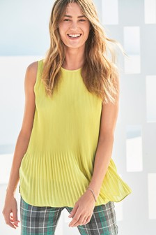 Pleat Sleeveless Top