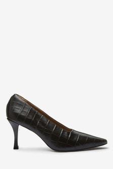 Signature Leather Chisel Toe Court Shoes