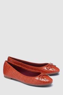 נעלי בובה עם פפיון