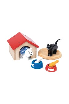 Le Toy Van Wooden Pet Set