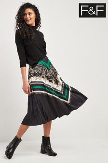 F&F Green Chain Pleat Skirt