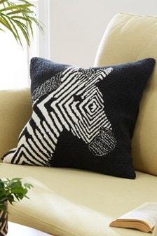 Подушка с зебровым рисунком