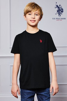 חולצת טי של U.S. Polo Assn.