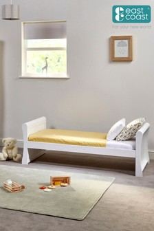 Nebraska Toddler Bed White By East Coast
