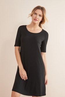 Трикотажное платье-футболка