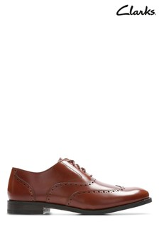 Clarks Tan Edward Walk Shoe