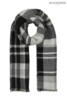 Accessorize Black Islingotn Reversible Check Blanket