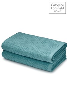Set of 2 Diamond Sculptured Bath Towels by Catherine Lansfield