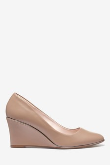 Almond Toe Trim Detail Wedges
