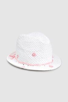 Flower Trilby (Younger)