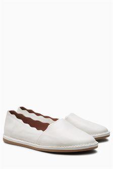 Chaussures à enfiler EVA festonnées