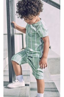 Vertical Stripe T-Shirt and Shorts Set (3mths-7yrs)