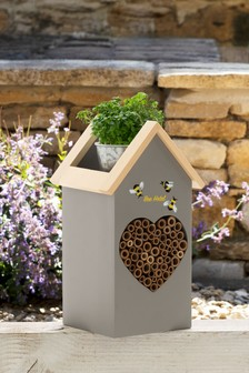 Malvern Bee Hotel With Planter