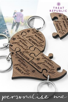 Personalised Family Keyring by Treat Republic