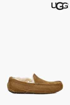 Chaussons style mocassins UGG® Ascot