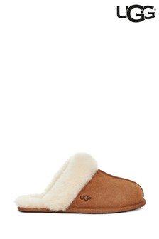 UGG® Chestnut Scuffette Slipper