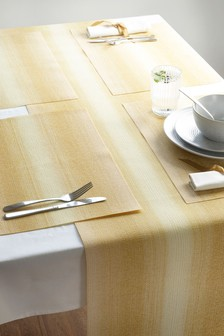 Set of 4 Ombre Placemats And Table Runner